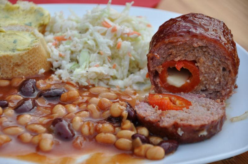 Tellerbild Armadillo Eggs Ein Tag in MeMyself's BBQ Pit mit 12 Gästen und reichlich Grillgut-MeMyself's Aussenküche-Bild09
