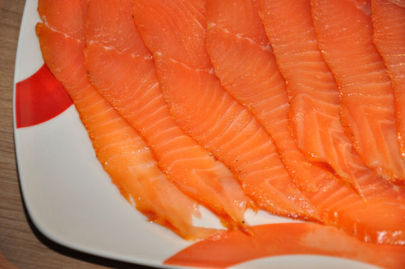 Kaltgeräucherte Lachsfilets - Räucherlachs selber machen