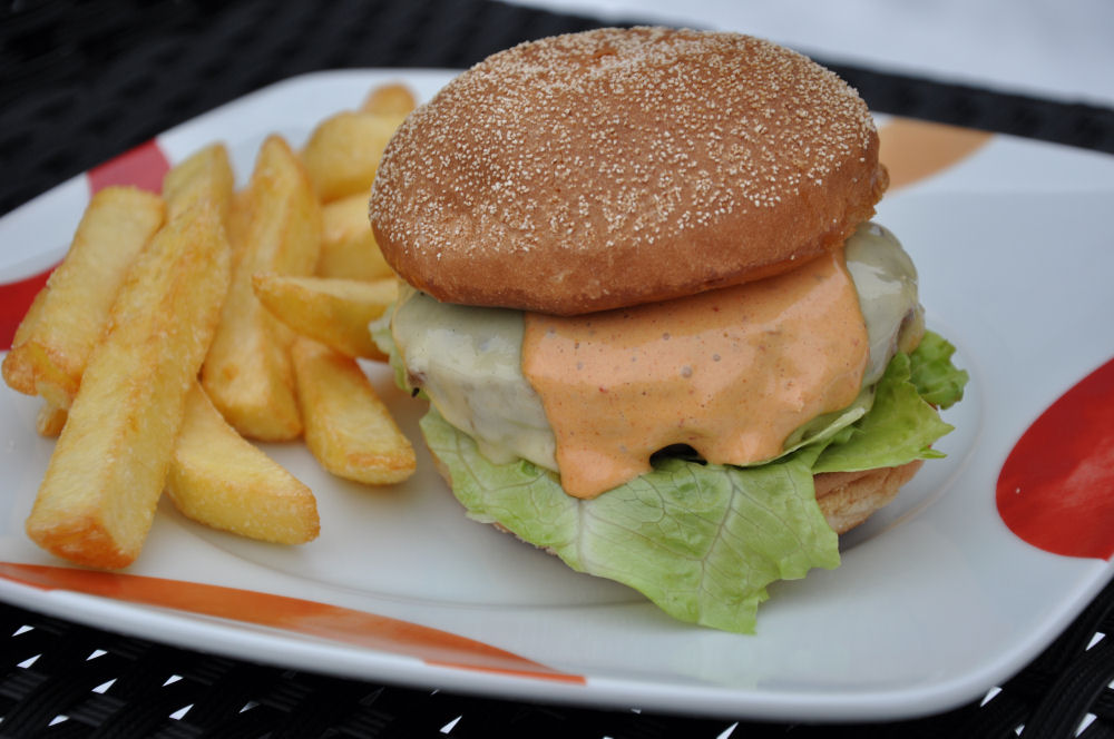 Chipotle Cheeseburger Chipotle Sauce für Burger und Sandwiches-chipotle sauce-ChipotleSauce03