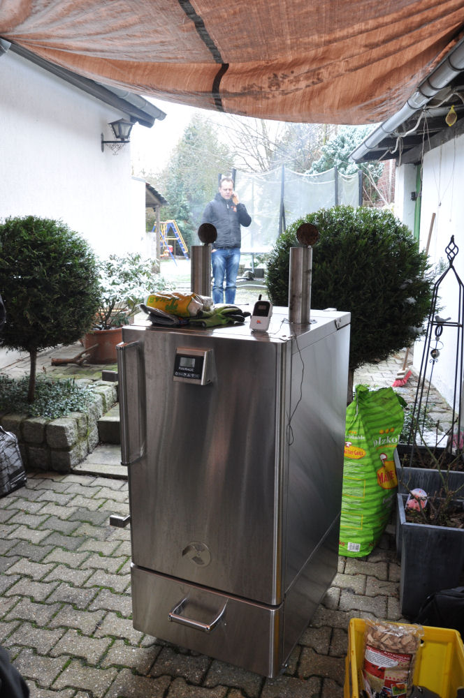 Der Fire Magic Smoker beim Grilltreffen Die BBQ Wiesel mit dem Fire Magic Smoker on tour-Fire Magic Smoker-Peppy01