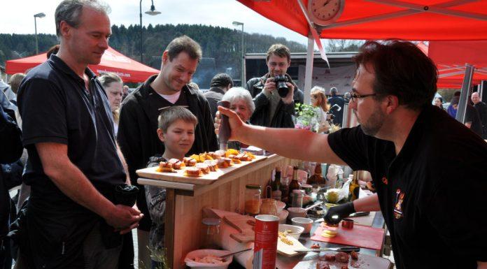Die BBQ Wiesel Niederrhein werden Vizemeister bei der 1.Overather Grillmeisterschaft-Overather Grillmeisterschaft-OV07 696x385