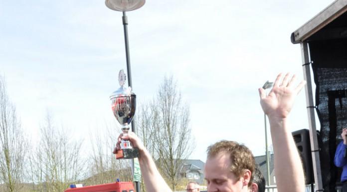 Die BBQ Wiesel Niederrhein werden Vizemeister bei der 1.Overather Grillmeisterschaft-Overather Grillmeisterschaft-OV18 696x385