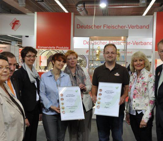 """Innovationspreis """"Wurst hat Zukunft"""" für den Wurstlollie bbqpit-WursthatZukunft00 534x462-BBQPit.de das Grill- und BBQ-Magazin – Grillblog & Grillrezepte"""