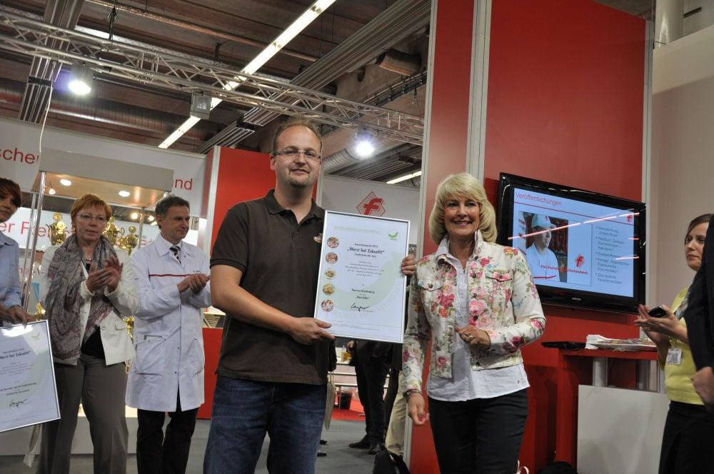 """WursthatZukunft01 Sonderpreis beim Innovationspreis """"Wurst hat Zukunft!"""" für den Wurstlollie-Wurstlollie-WursthatZukunft01"""