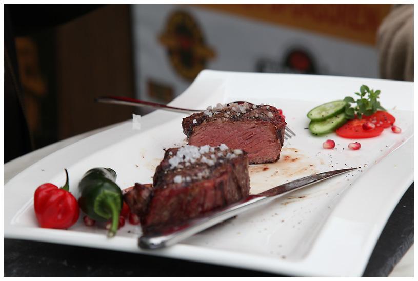 tonystone_samstag_118 tony stone-tonystone samstag 1181-1.Platz bei der Tony Stone Low & Slow BBQ Competition für Burger und Steak auf Grill Grates