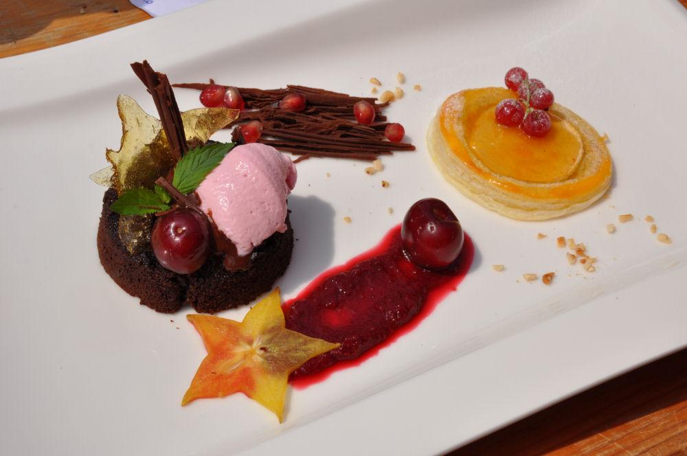 Das Dessert der BBQ Wiesel Niederrhein Bergisch BBQ-BergischBBQGang3-Erfolgreiche Teilnahme bei Bergisch BBQ 2013: 4 Pokale für die BBQ Wiesel