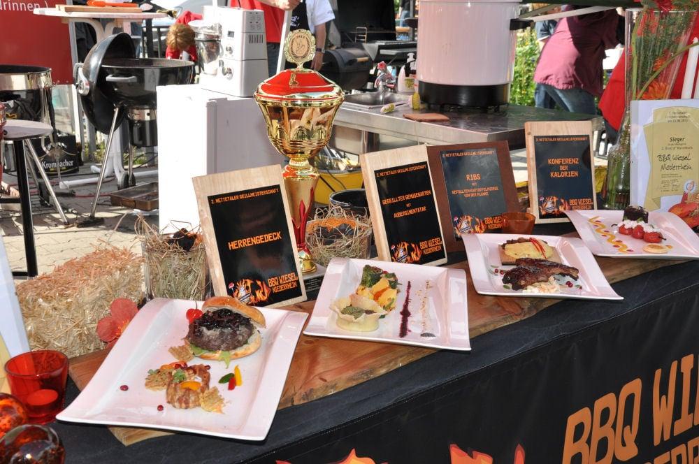 Die BBQ Wiesel Niederrhein gewinnen die Nettetaler Grillmeisterschaft Die BBQ Wiesel Niederrhein gewinnen die 2.Nettetaler Grillmeisterschaft-Nettetaler Grillmeisterschaft-NettetalerGrillmeisterschaft14