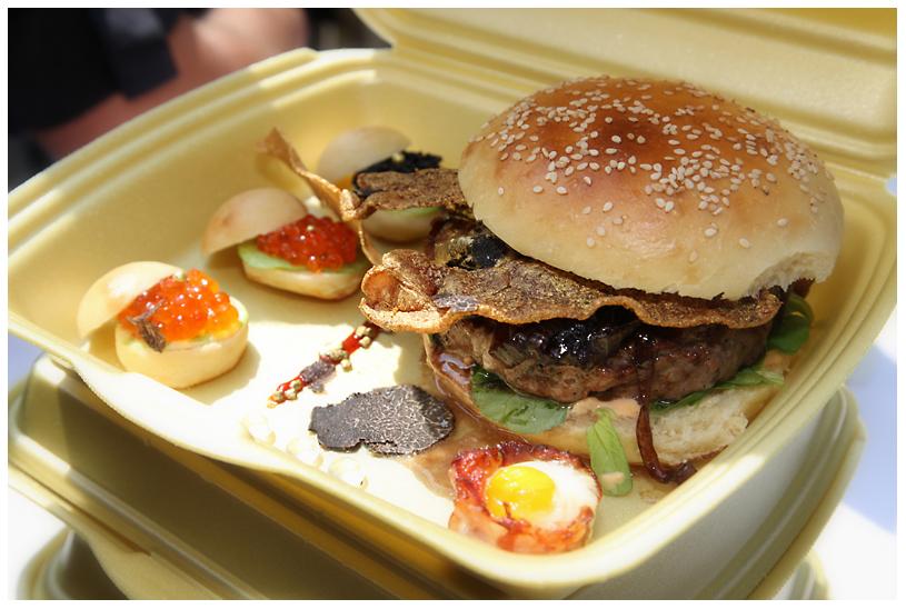 Billionaire's Burger der BBQ Wiesel Bergisch BBQ-wiesel odenthal 075-Erfolgreiche Teilnahme bei Bergisch BBQ 2013: 4 Pokale für die BBQ Wiesel