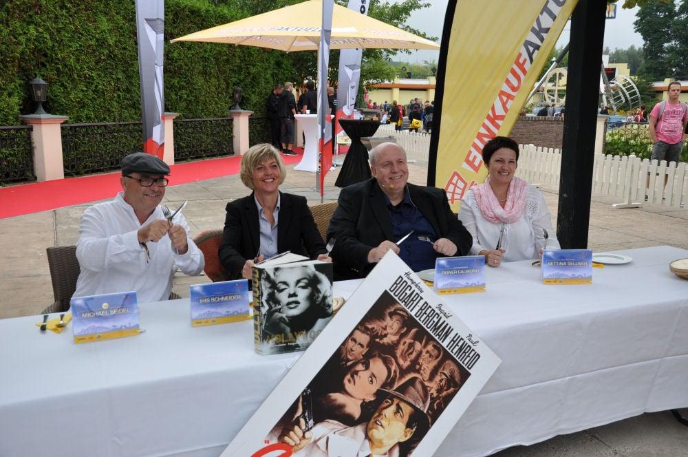 """Grillmeister 2013 im Movie Park - Die Jury """"Grillmeister 2013"""" von Einkaufaktuell und Thüros im Movie Park Bottrop-Grillmeister 2013-Grillmeister201301"""