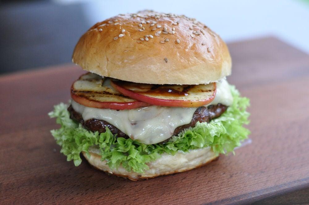 Apfel-Cheeseburger Apfel-Cheeseburger-ApfelCheeseburger03-Fruchtiger Apfel-Cheeseburger
