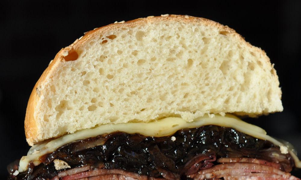 Anschnitt des perfekten Burgerbrötchen Hamburgerbrötchen – die perfekten Brioche Burger Buns-hamburgerbrötchen-PerfekteHamburgerbroetchen04