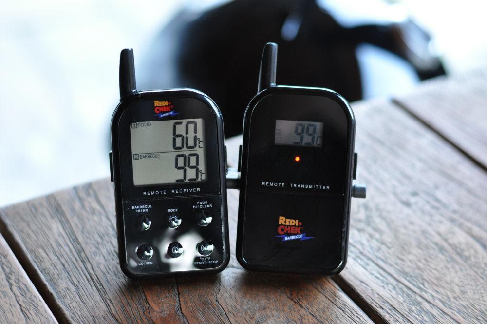 Temperaturkontrolle mit dem Maverick ET-732 WSM 37-WeberSmokeyMountain37Test06-Weber Smokey Mountain WSM 37 im Test mit Ribs und Pulled Pork