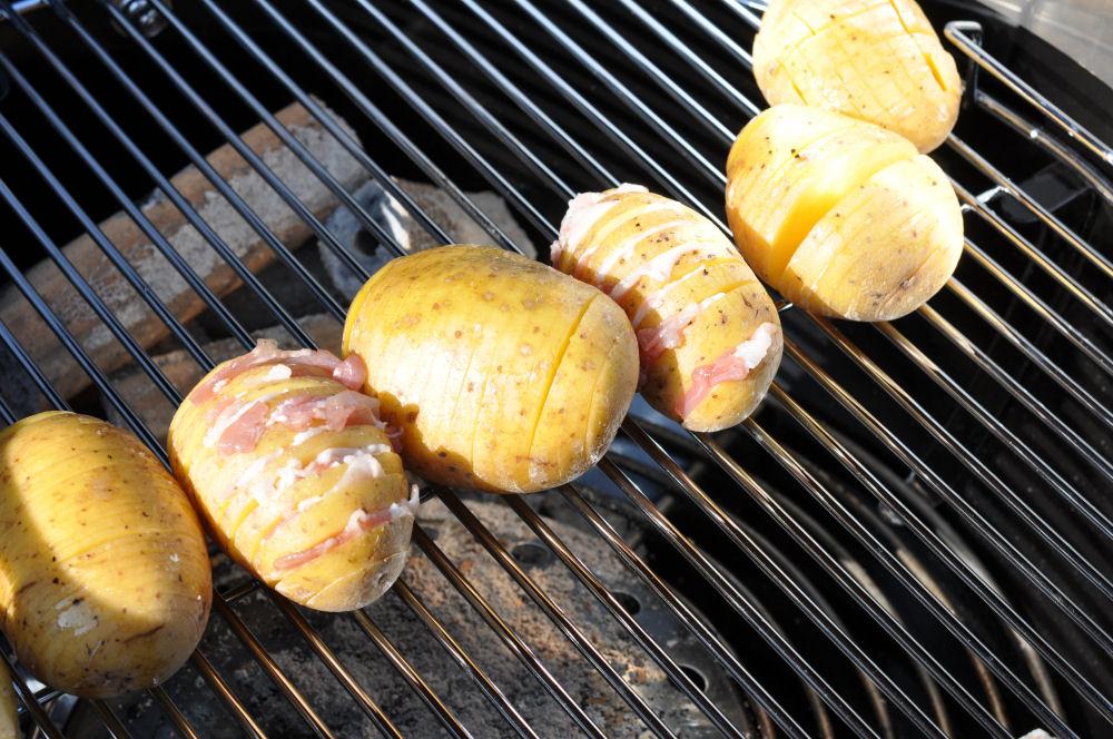 Bacon-Cheese Potatoes fächerkartoffeln-BaconCheeseFaecherkartoffeln02-Fächerkartoffeln mit Bacon & Käse – Hasselback Potatoes