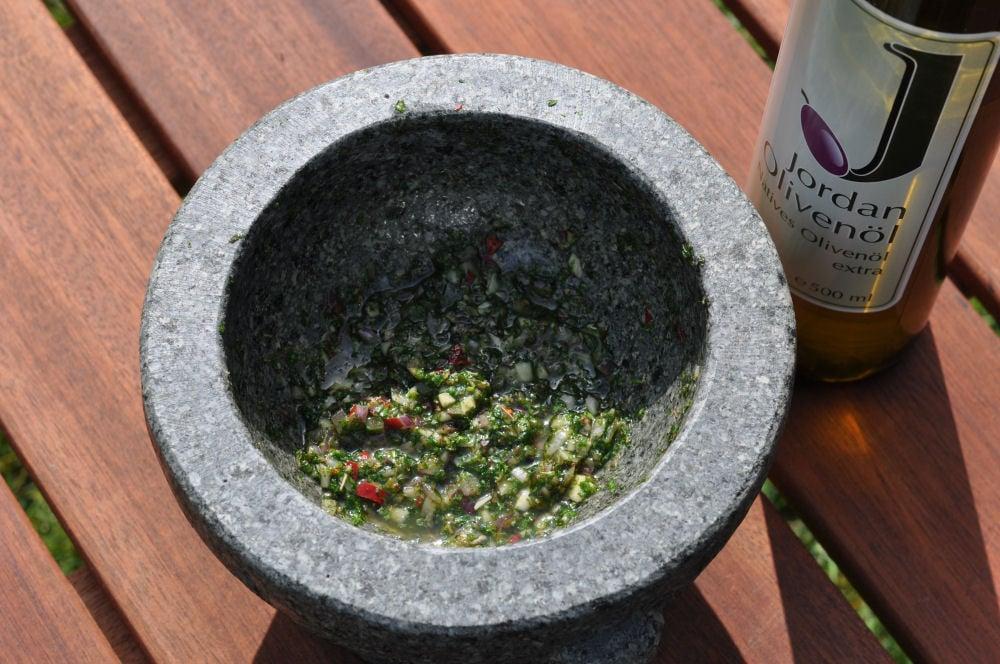 Chimichurri Chimichurri – Argentinische Kräutersauce-chimichurri-Chimichurri01