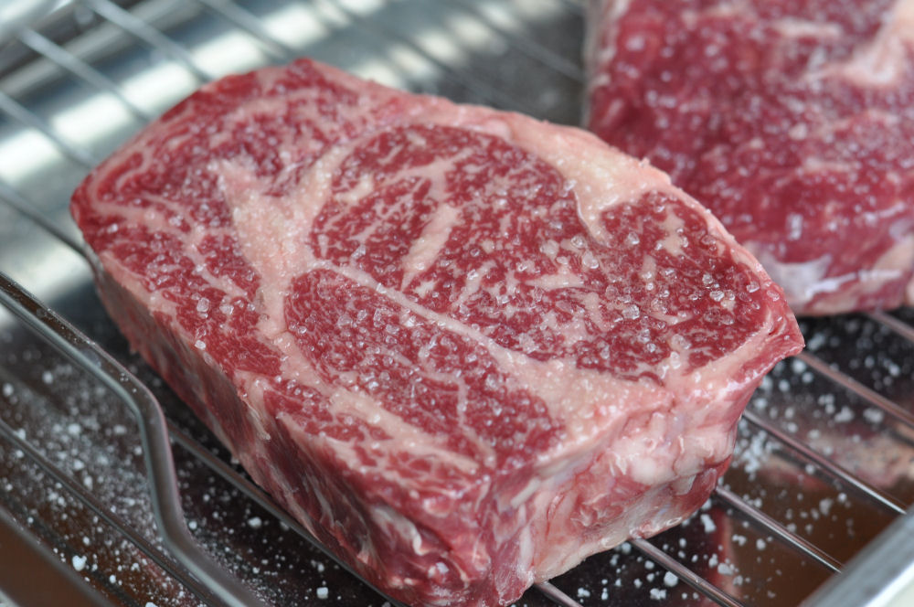 Pommersches Rind Pommersches Rind-PommerschesRind02-Pommersches Rind – Delta Dry Aged Beef