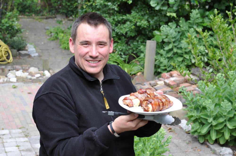 Gefüllte Hähnchenbrust Mit Käse gefüllte Hähnchenbrust im Speckmantel von UdenheimBBQ-Gefüllte Hähnchenbrust-GefuellteHaehnchenbrust02