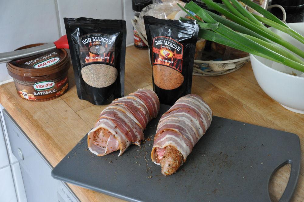 Gefüllte Hähnchenbrust Mit Käse gefüllte Hähnchenbrust im Speckmantel von UdenheimBBQ-Gefüllte Hähnchenbrust-GefuellteHaehnchenbrust04