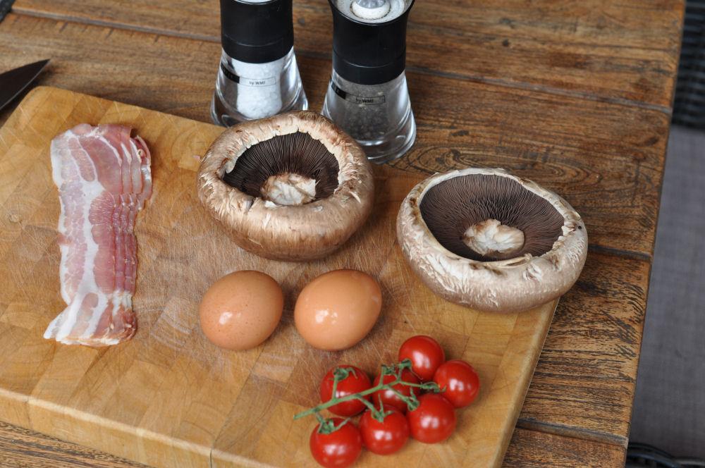 Portobello Champignons Portobello Champignons gefüllt mit Ei und Bacon-Portobello champignons-PortobelloChampignonsEi01
