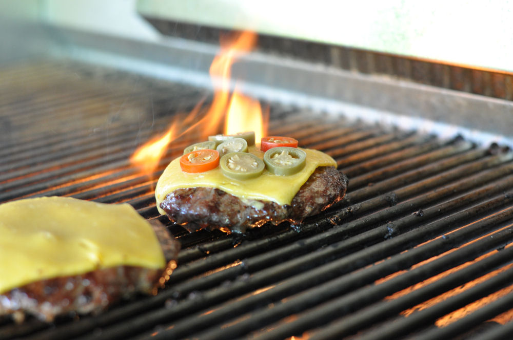 Mexikanischer Burger mexikanischer burger-MexikanischerNachoBurger01-Mexikanischer Burger mit Nachos