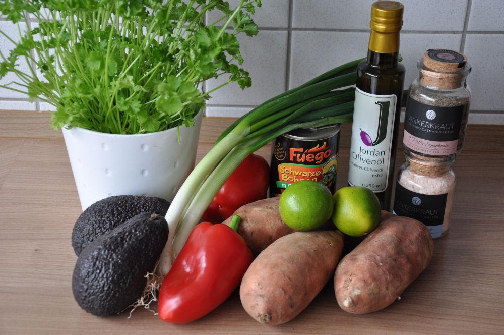 Gegrillter Süßkartoffelsalat gegrillter süßkartoffelsalat-GegrillterSuesskartoffelsalat01-Gegrillter Süßkartoffelsalat mit Avocado