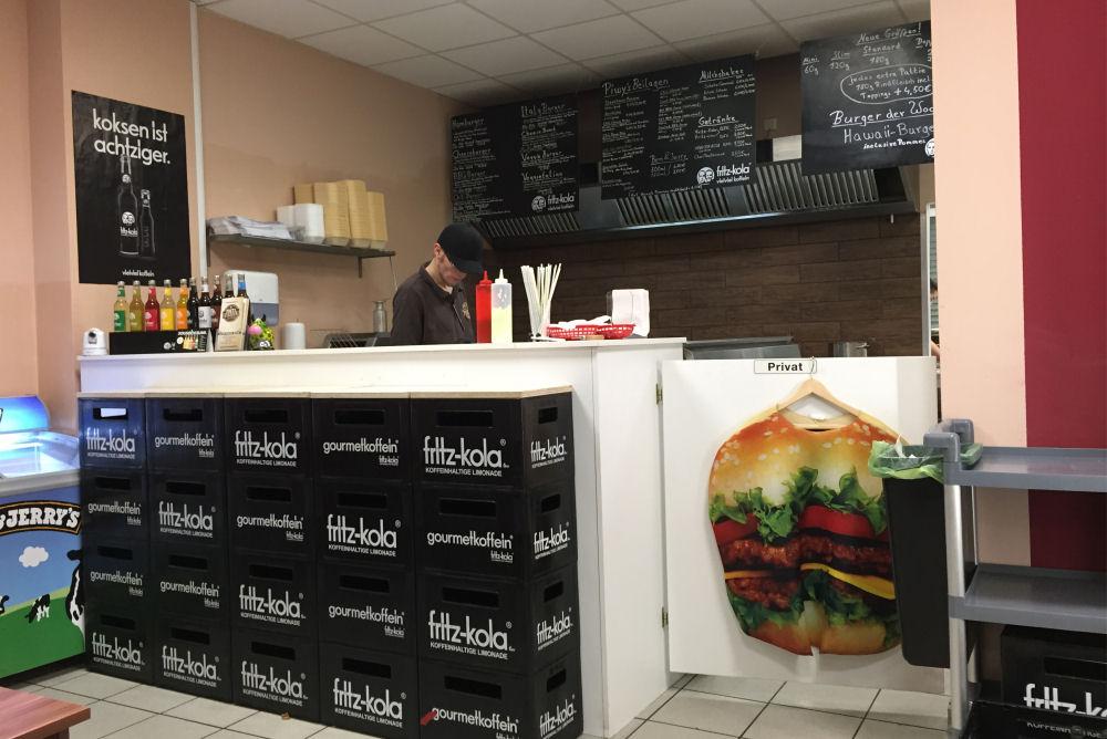 Piwy's Burger in Oberhausen Piwy's Burger-PiwysBurger03-Piwy's Burger in Oberhausen im BBQPit-Burgerbuden-Test