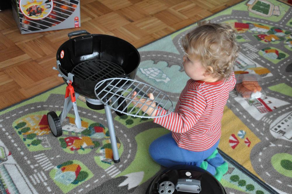 Weber Spielzeug-Grill weber spielzeug-grill-WeberKindergrill01-Weber Spielzeug-Grill – Der Kugelgrill für Kinder