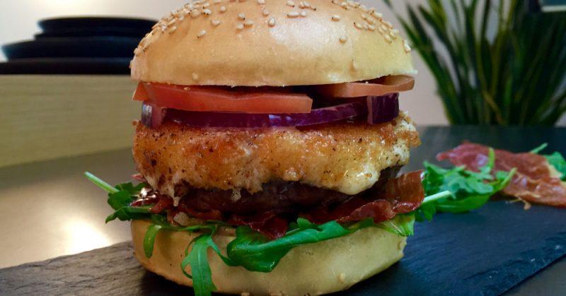 altobelli burger-AltobelliBurger 800x419-Altobelli Burger mit Parmaschinken & Mozzarella