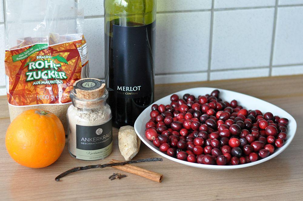 Glühwein Cranberry Sauce Glühwein-Cranberry-Sauce-GluehweinCranberrySauce01-Glühwein-Cranberry-Sauce