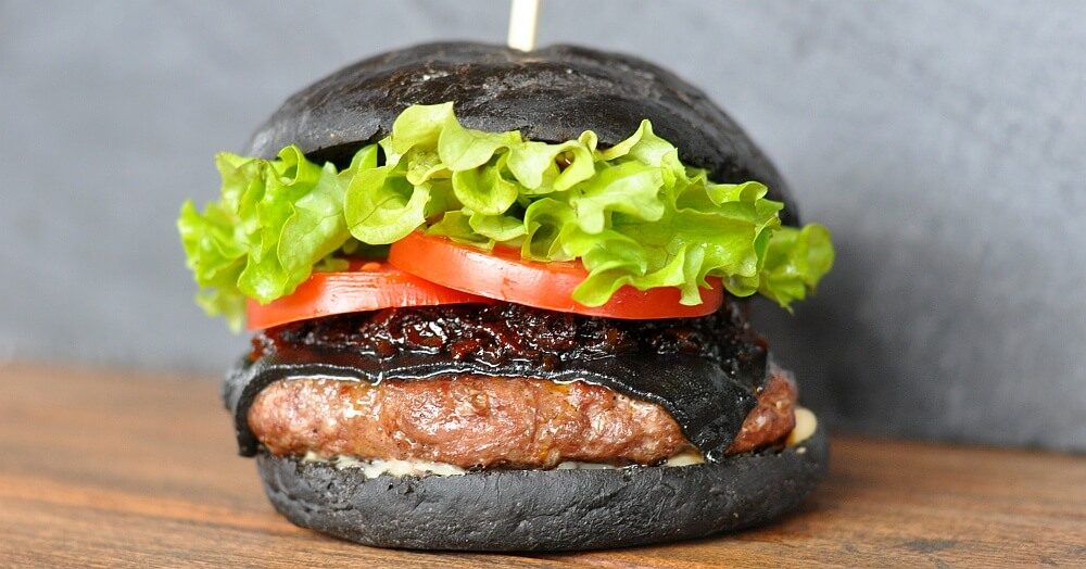 Black Cheeseburger Black Cheeseburger - Burger mit schwarzem Käse-Black Cheeseburger-SchwarzerCheeseburger