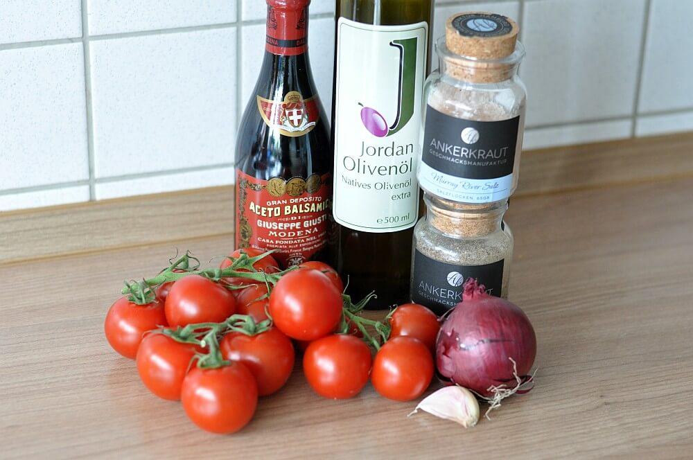 Salsa mit frischen Tomaten Tomatensalsa – ideal zu Grillfleisch aller Art-tomatensalsa-Tomatensalsa01