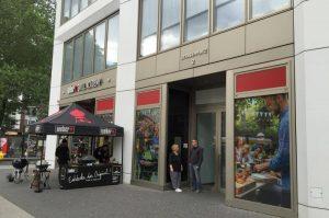 Weber Original Store Berlin weber original store-WeberOriginalStoreBerlin02 300x199-Weber Original Store Berlin & Weber Grill Akademie