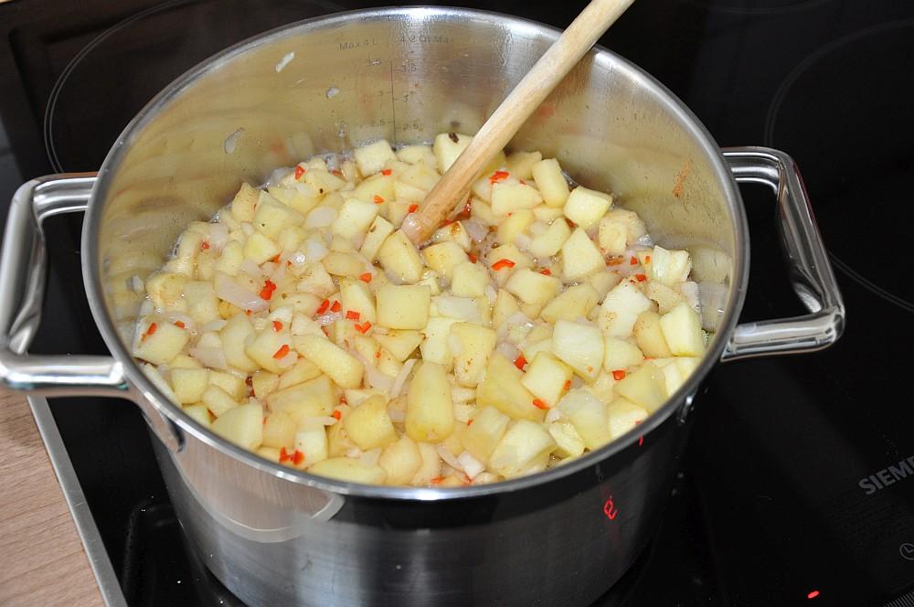 Apple chutney apfelchutney-Apfelchutney01-Apfelchutney – süß-scharfes Chutney mit Chili und Ingwer