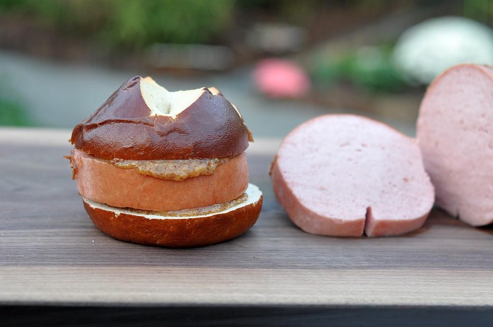 Leberkäse Fleischkäse vom Grill / Leberkäse grillen-fleischkäse vom grill-Fleischkaese03