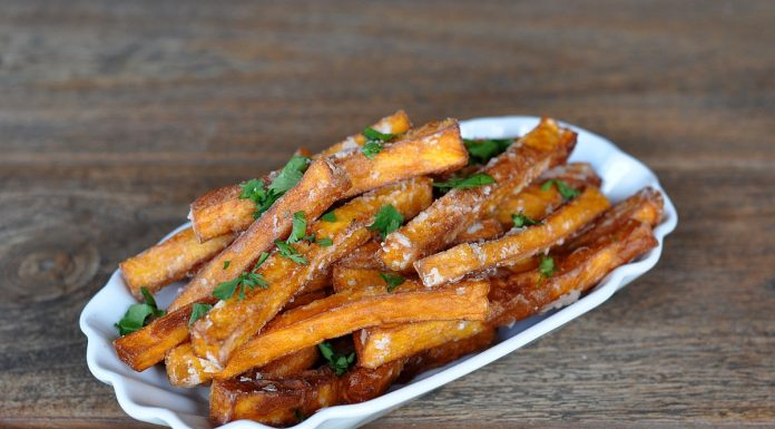Knusprige Süßkartoffel-Pommes
