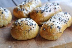 Pastrami Cheddar Pretzel Buns pastrami cheddar pretzel buns-PastramiCheddarPretzelBuns06 300x199-Pastrami Cheddar Pretzel Buns