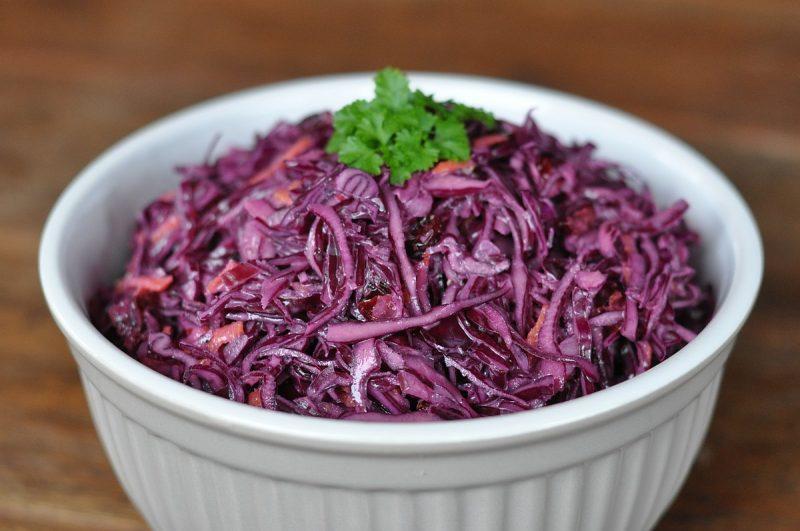 rotkohlsalat-Rotkohlsalat 800x531-Fruchtiger Rotkohlsalat mit Cranberries – Red Cabbage Slaw
