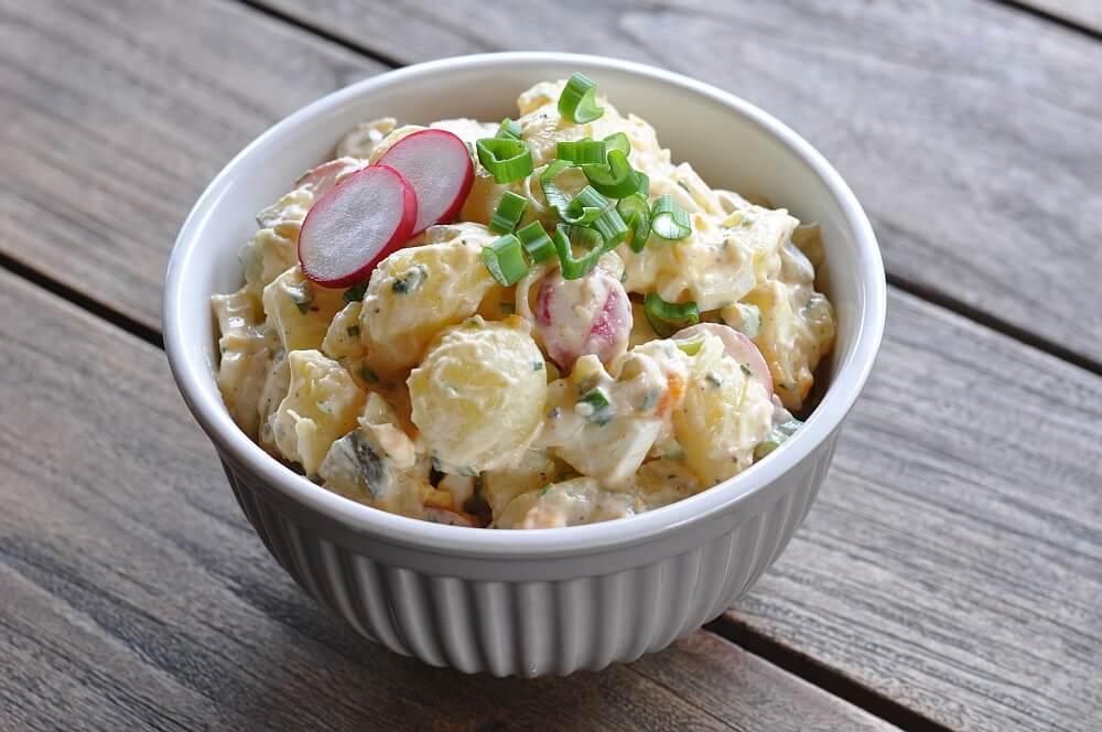 Sandras Kartoffelsalat sandras kartoffelsalat-SandrasKartoffelsalat03-Sandras Kartoffelsalat mit Ei und Gurke
