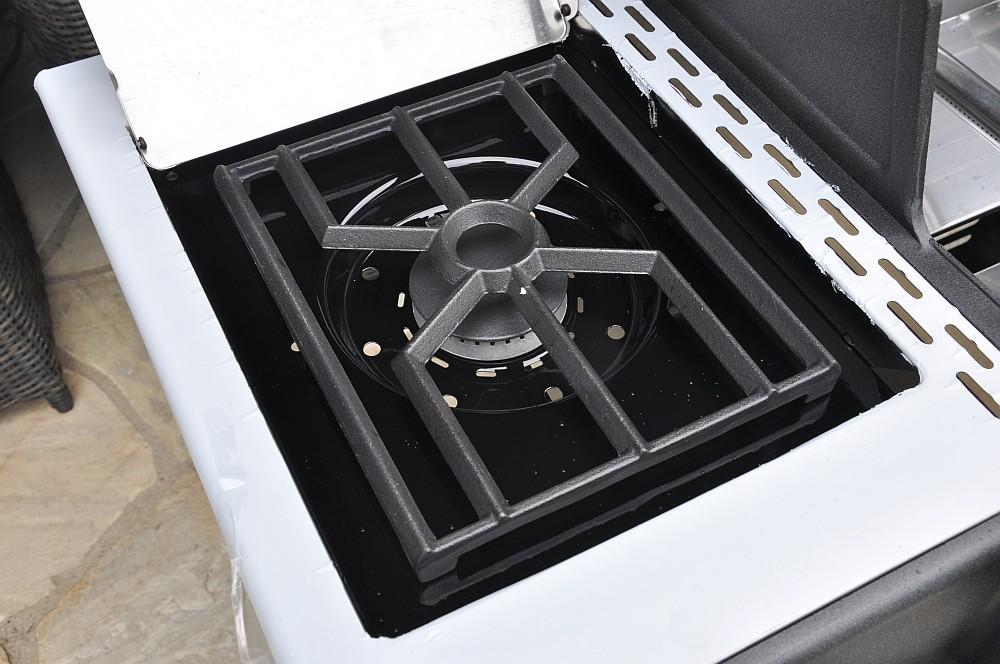 broil king regal 590 pro gasgrill unboxing aufbau und 1. Black Bedroom Furniture Sets. Home Design Ideas
