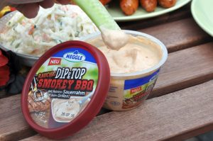 Smokey BBQ Dip EM-Grillen mit Meggle Dip&Top-meggle dip&top-Meggle Dip Top 03 300x199