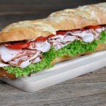 Puten-Pastrami Puten-Pastrami-Sandwich – Baguette mit geräucherter Putenbrust-puten-pastrami-sandwich-PutenPastramiBaguette 150x150