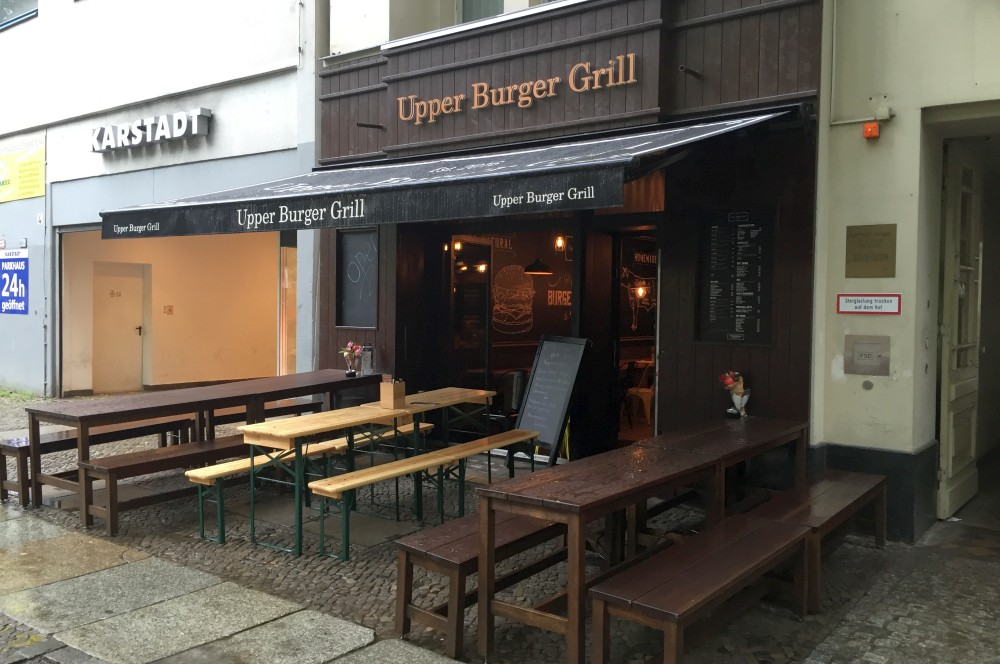 Upper Burger Grill Berlin Upper Burger Grill - Der beste Burger in Berlin?-upper burger grill-Upper Burger Grill Berlin 01