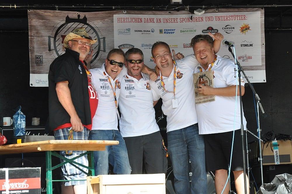 BBQ an der Burg BBQ an der Burg / Bad Bederkesa: BBQ Wiesel werden KCBS Grand Champion-bbq an der burg-BBQ an der Burg Bad Bederkesa BBQ Wiesel 02