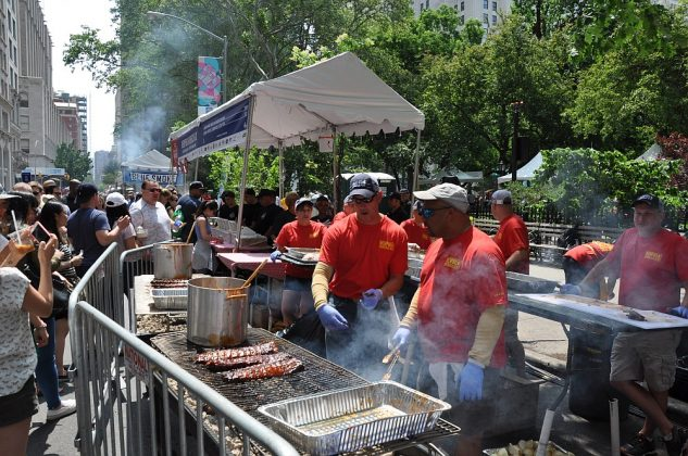 big apple bbq block party-Big Apple BBQ Block Party 2016 48 633x420-Big Apple BBQ Block Party 2016 in New York