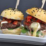 Erdbeer-Burger mit Erdbeer-Salsa, Brie und Bacon-erdbeer-burger-Erdbeer Burger 05 150x150