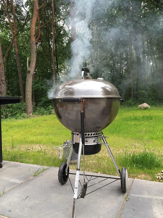 Geräucherte Steaks im Kugelgrill geräucherte steaks-Geraeucherte Steaks mit Thymian 04-Geräucherte Steaks mit Thymian