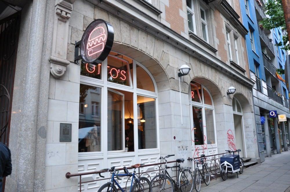 Otto's Burger im Schanzenviertel Otto's Burger im Schanzenviertel-Ottos Burger Eroeffnung Schanze 08-Neueröffnung Otto's Burger im Schanzenviertel / Hamburg