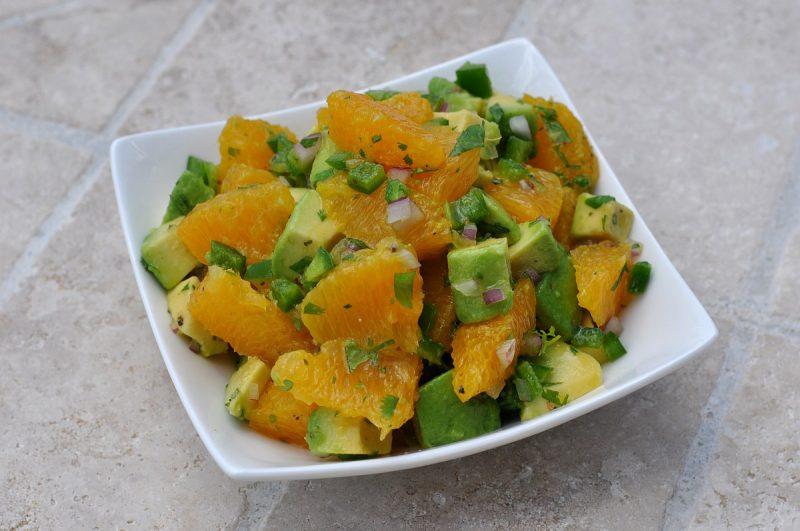 Orangen-Avocado-Salsa-Orangen Avocado Salsa 800x531-Fruchtige Orangen-Avocado-Salsa