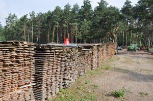 axtschlag-Axtschlag BBQ Wood Raeucherholz 07 300x199-Axtschlag BBQ Wood – Zu Besuch in der Räucherholzproduktion