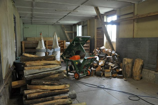 axtschlag-Axtschlag BBQ Wood Raeucherholz 11 633x420-Axtschlag BBQ Wood – Zu Besuch in der Räucherholzproduktion