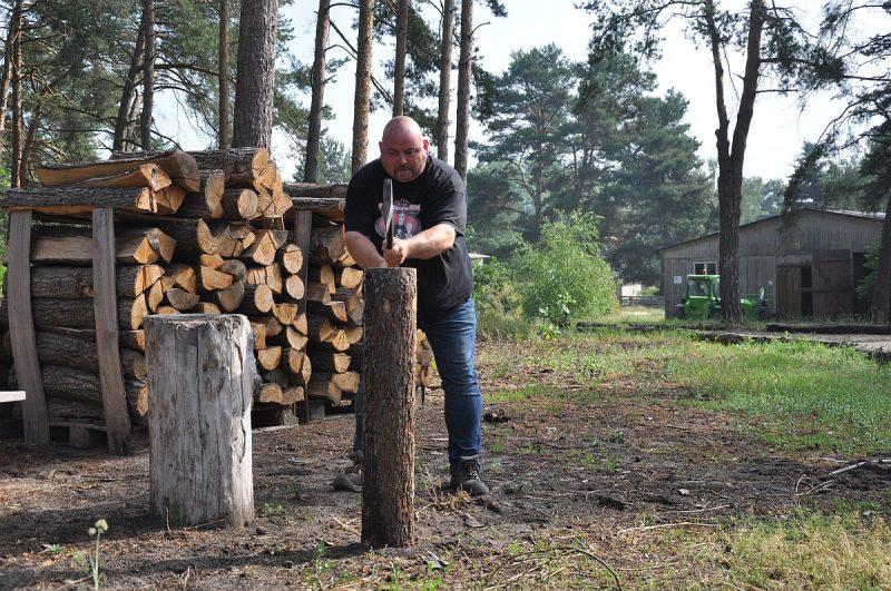 axtschlag-Axtschlag BBQ Wood Raeucherholz 800x531-Axtschlag BBQ Wood – Zu Besuch in der Räucherholzproduktion